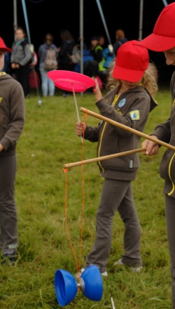 Brownies enjoying a Circus Skills workshop